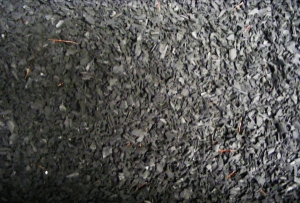 granulats-de-caoutchouc-recycle-2183780-1